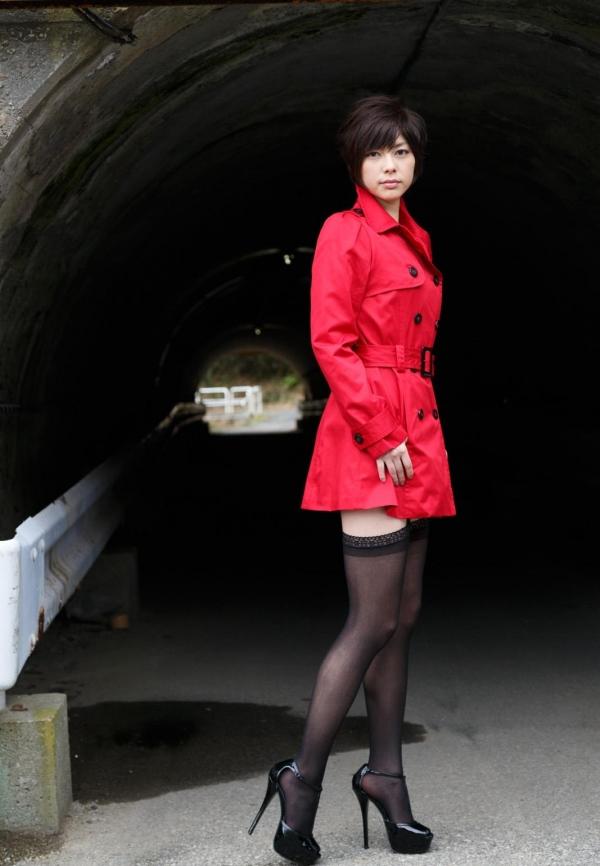 卯水咲流(うすいさりゅう) 元モデルで芸能人だったAV女優の露出ヌードなどエロ画像04a.jpg