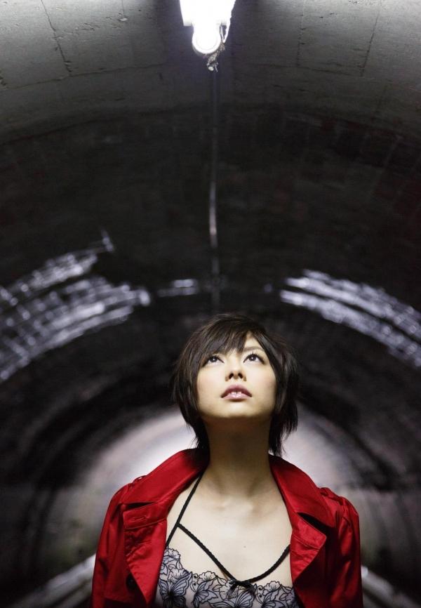 卯水咲流(うすいさりゅう) 元モデルで芸能人だったAV女優の露出ヌードなどエロ画像05a.jpg