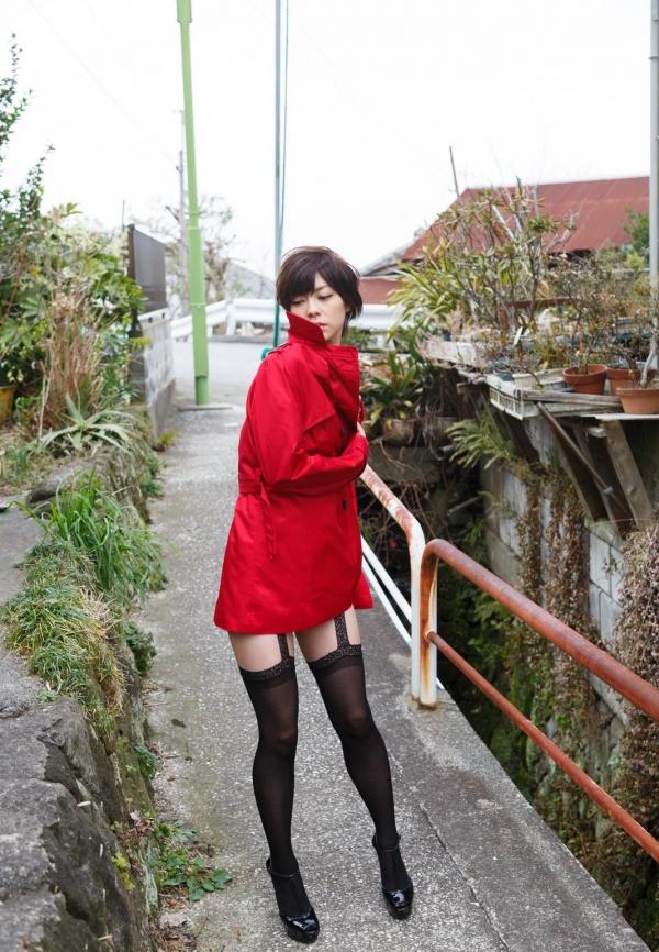 卯水咲流(うすいさりゅう) 元モデルで芸能人だったAV女優の露出ヌードなどエロ画像15a.jpg