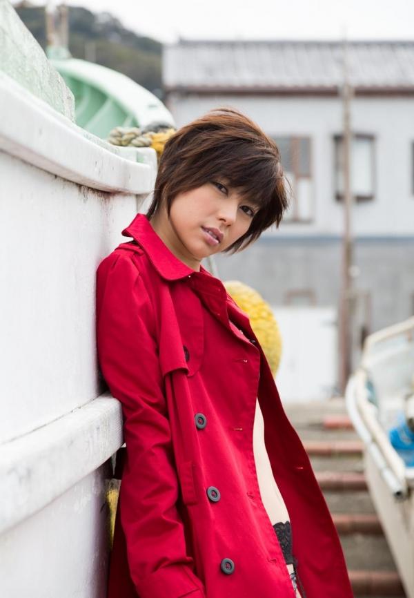 卯水咲流(うすいさりゅう) 元モデルで芸能人だったAV女優の露出ヌードなどエロ画像21a.jpg