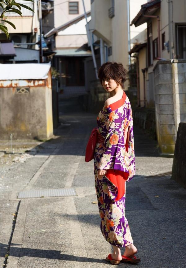 卯水咲流(うすいさりゅう) 元モデルで芸能人だったAV女優の露出ヌードなどエロ画像27a.jpg