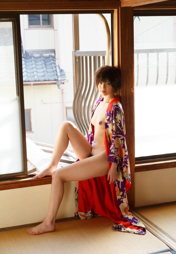 卯水咲流(うすいさりゅう) 元モデルで芸能人だったAV女優の露出ヌードなどエロ画像42a.jpg