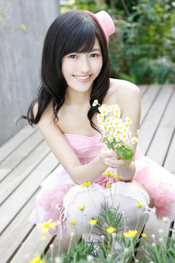 渡辺麻友 AKB48まゆゆのかわいいワンピース&ニーハイ姿 画像ードのAV女優エロ画像06.jpg
