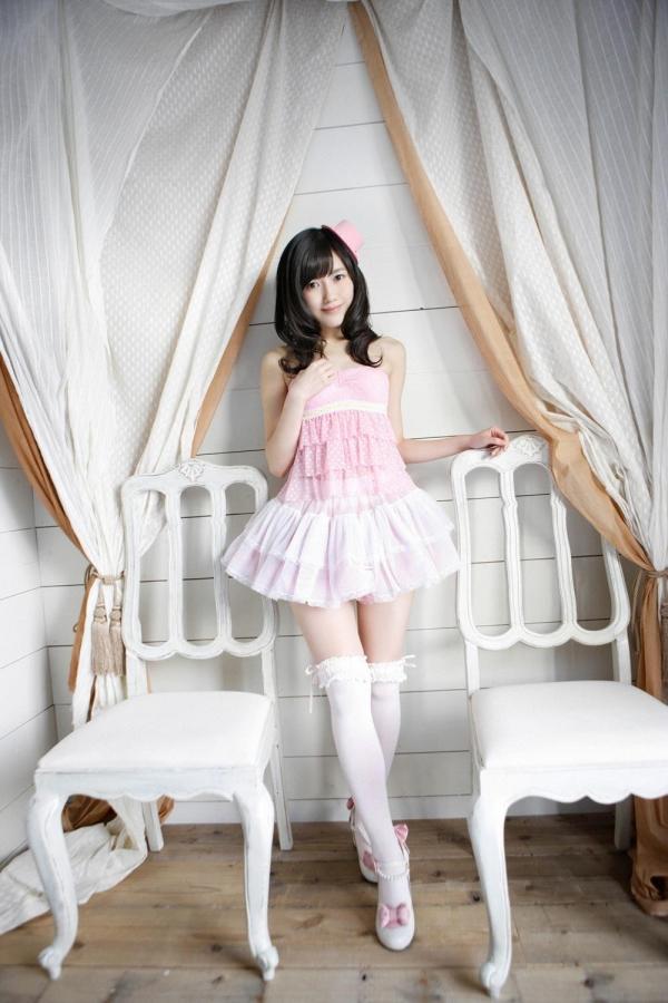 渡辺麻友 AKB48まゆゆのかわいいワンピース&ニーハイ姿 画像ードのAV女優エロ画像15.jpg