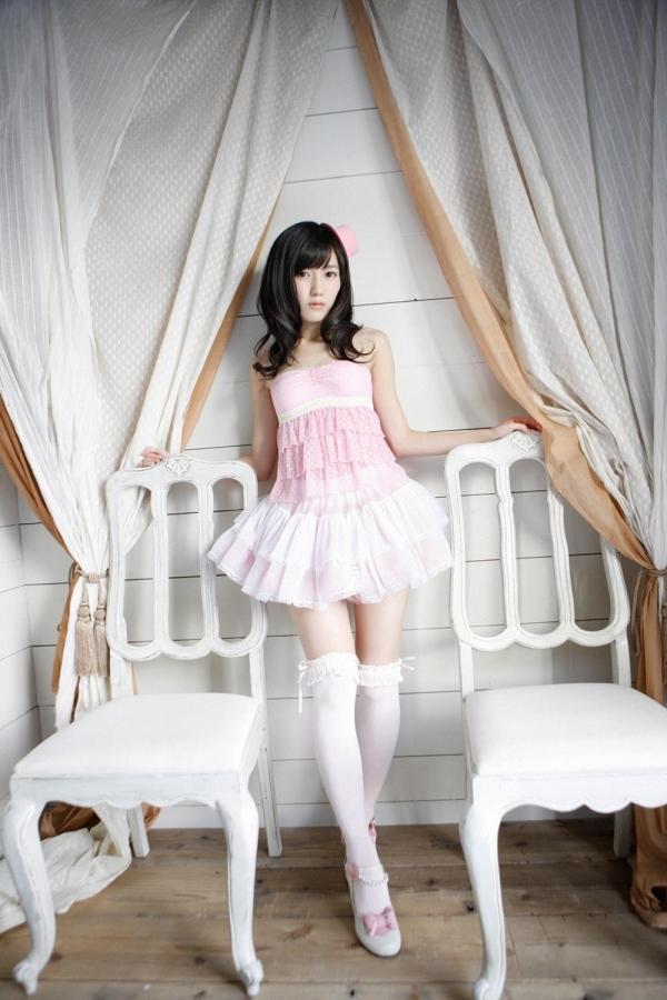 渡辺麻友 AKB48まゆゆのかわいいワンピース&ニーハイ姿 画像ードのAV女優エロ画像16.jpg