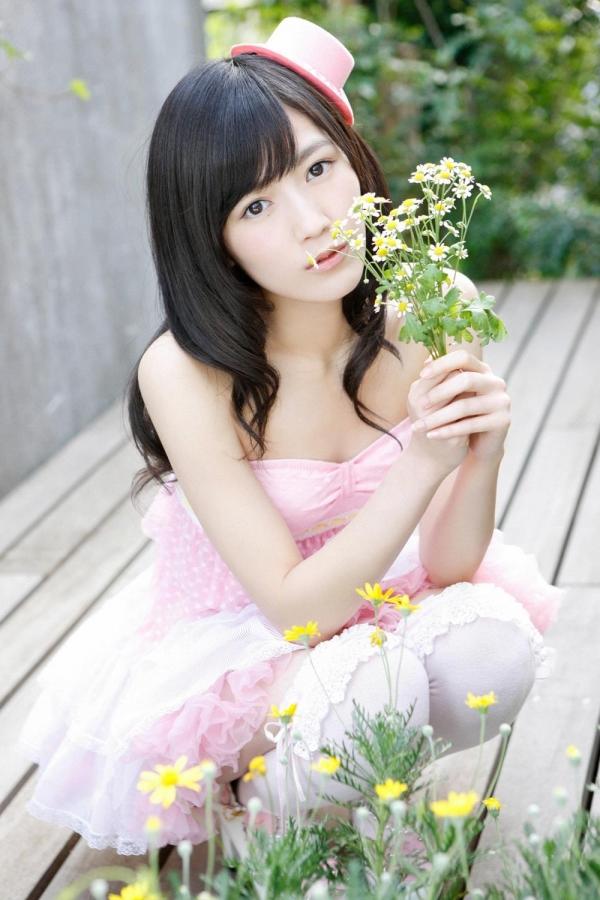 渡辺麻友 AKB48まゆゆのかわいいワンピース&ニーハイ姿 画像ードのAV女優エロ画像25.jpg