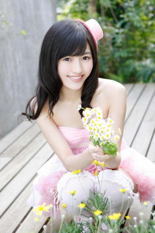 渡辺麻友 AKB48まゆゆのかわいいワンピース&ニーハイ姿 画像ードのAV女優エロ画像26.jpg