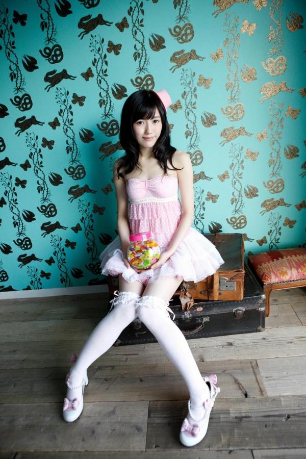 渡辺麻友 AKB48まゆゆのかわいいワンピース&ニーハイ姿 画像ードのAV女優エロ画像32.jpg