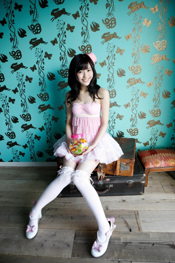 渡辺麻友 AKB48まゆゆのかわいいワンピース&ニーハイ姿 画像ードのAV女優エロ画像34.jpg