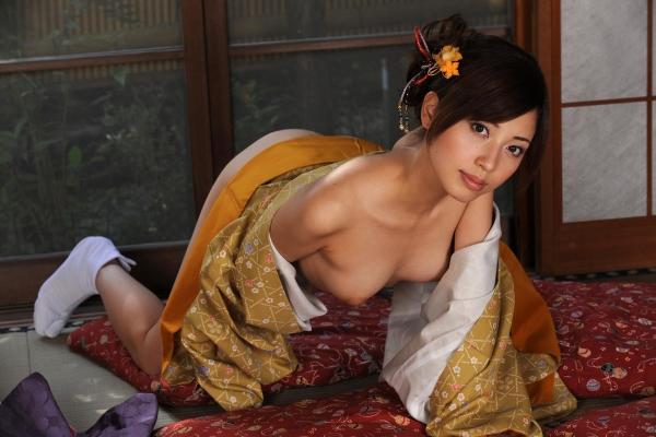 横山美雪 美微乳の美女ヌード画像まとめ160枚の45番