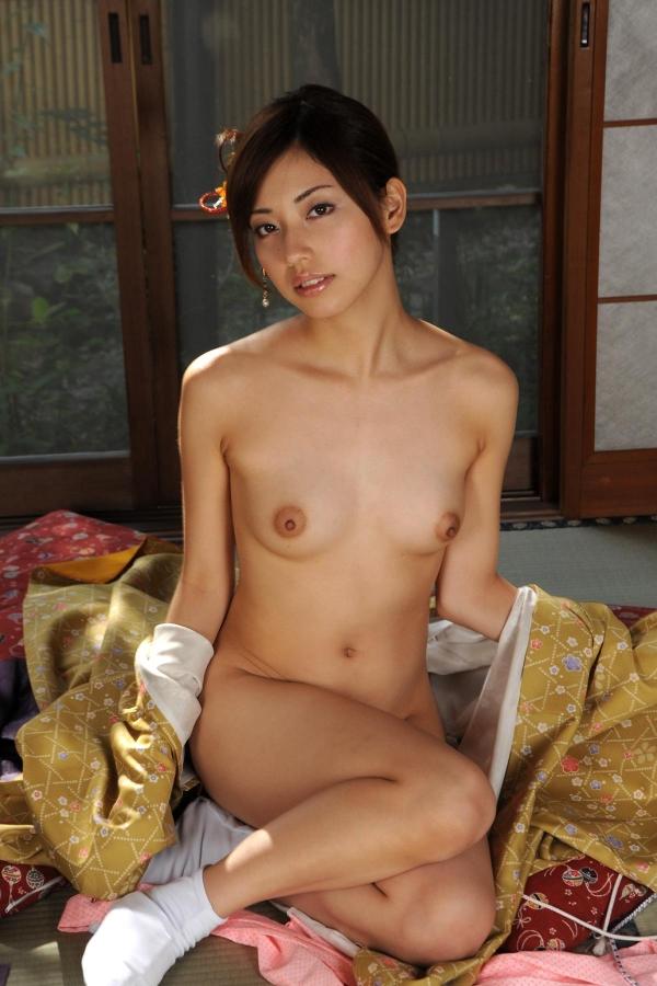 横山美雪 美微乳の美女ヌード画像まとめ160枚の58番