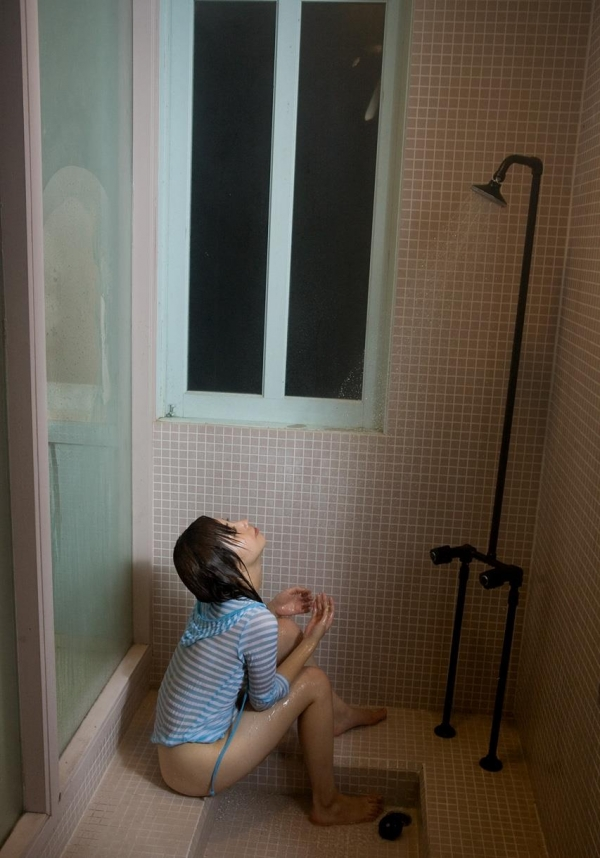 横山美雪 セクシーなAV女優の下着姿と官能ヘアヌード エロ画像b013a.jpg