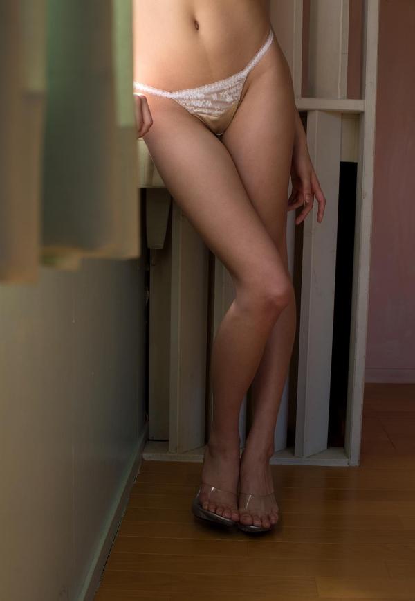 柚月あい(ゆづきあい)エッチな体の美人AV女優 着エロ&ヌード画像43a.jpg