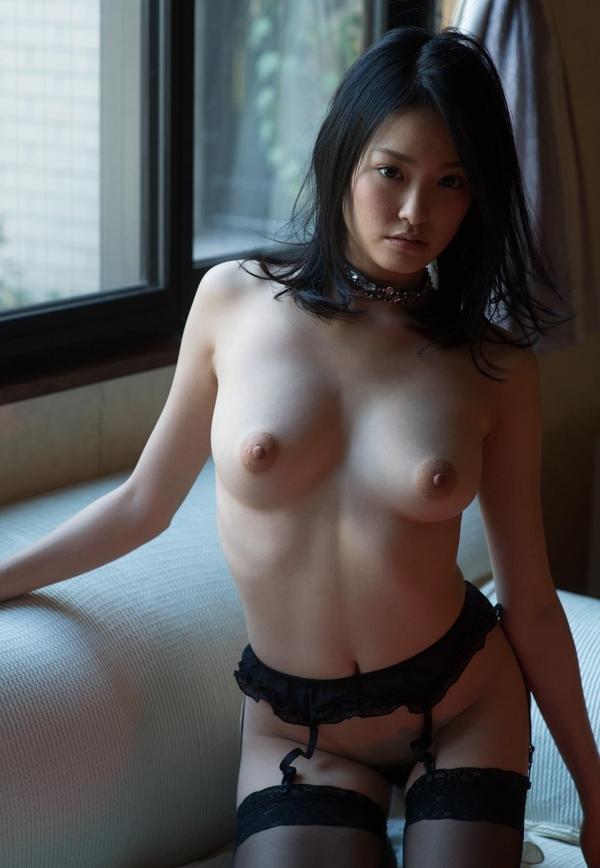 柚月あい(ゆづきあい)NMB48山本彩似のAV女優 下着姿とヌードエロ画像38a.jpg