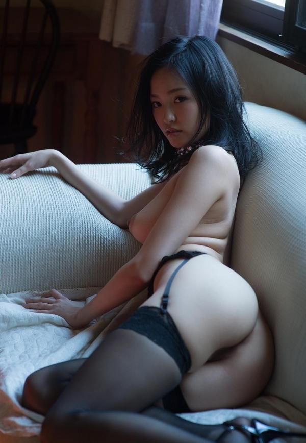柚月あい(ゆづきあい)NMB48山本彩似のAV女優 下着姿とヌードエロ画像40a.jpg