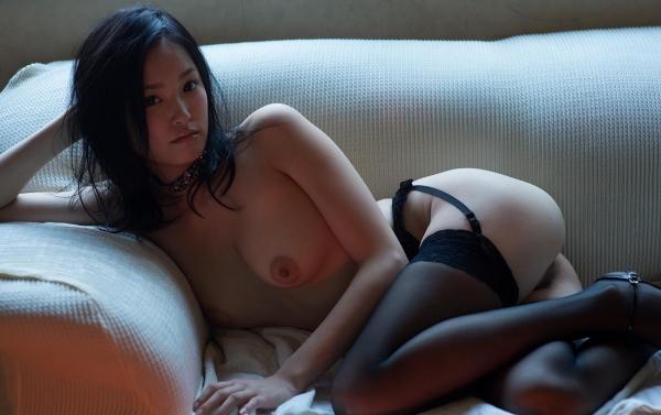 柚月あい(ゆづきあい)NMB48山本彩似のAV女優 下着姿とヌードエロ画像41a.jpg