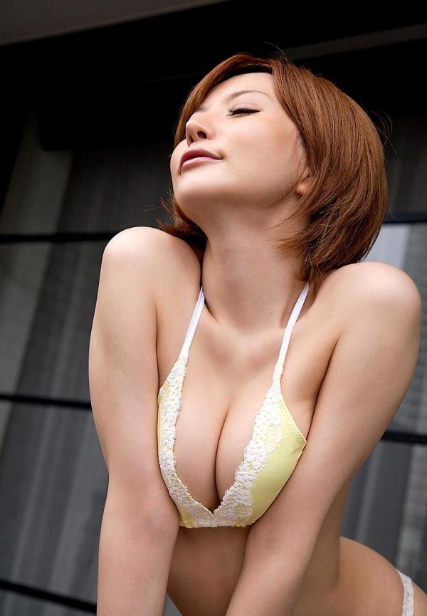 里美ゆりあ|美人でエッチなお姉さん水着や下着姿のAV女優エロ画像b012a.jpg