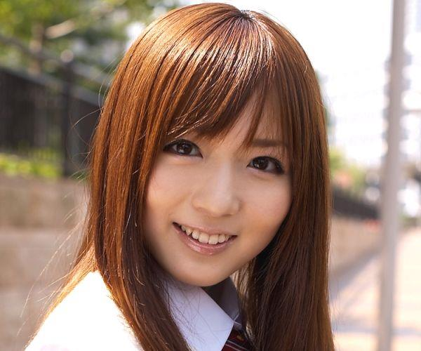 麻倉憂|JK制服コスプレでパンチラや下着姿のAV女優 着エロ画像01a.jpg