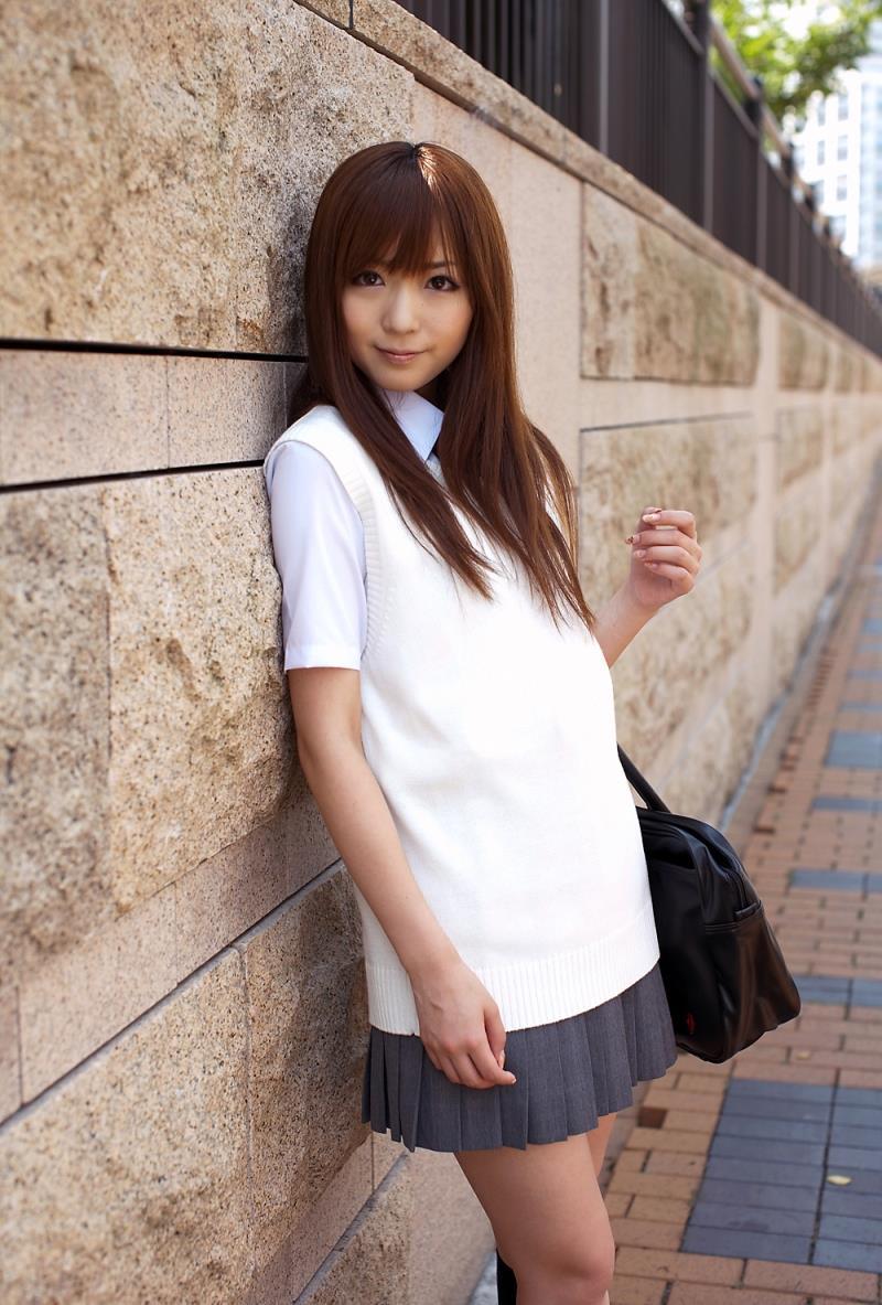 麻倉憂|JK制服コスプレでパンチラや下着姿のAV女優 着エロ画像39枚