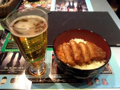 ソースカツ丼とビール