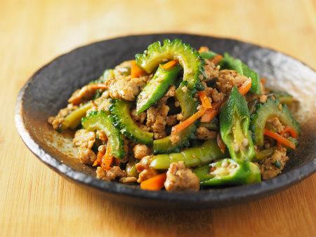 夏野菜と鶏ひき肉のオイスター10