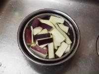 夏野菜と鶏ひき肉のオイスター24
