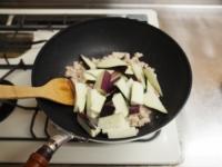 夏野菜と鶏ひき肉のオイスター26