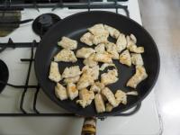 鶏むね肉のヨーグルトソース09