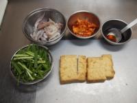 イカと厚揚げのキムチ炒め29
