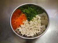 ささみと里芋、三つ葉の和え物54