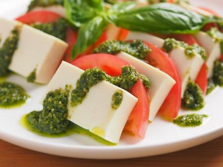豆腐カプレーゼ・バジルソース05