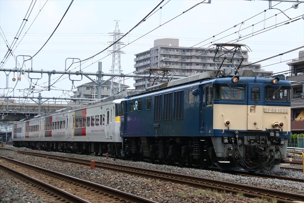 EF641030+185系 OM06編成 2014 6/19