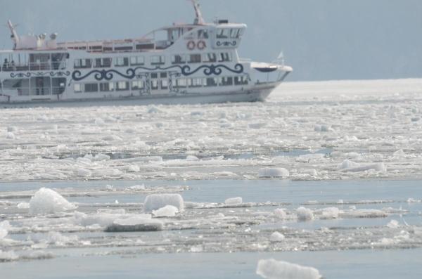 阿寒湖の砕氷帯観光遊覧