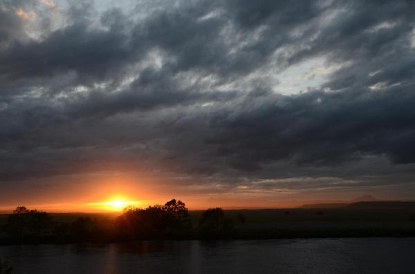 釧路湿原の夕日・・・