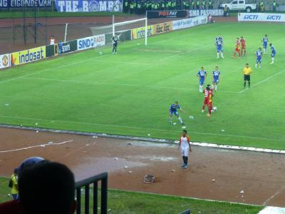 インドネシアサッカーペットボトル