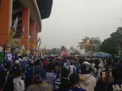 インドネシアサッカースタジアム1
