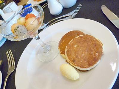 朝ごはんのパンケーキ