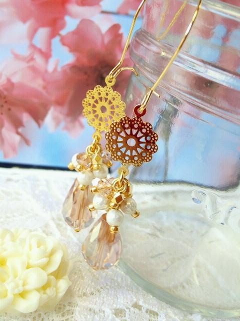 お花とセルシアン雫のしゃらんらキドニーピアス1