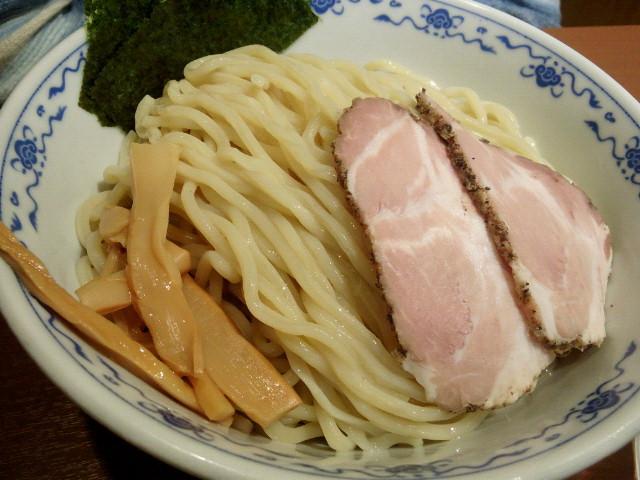 20140512新宿俺の麺 春道1