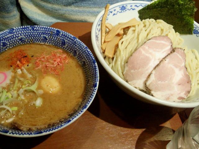 20140512新宿俺の麺 春道2