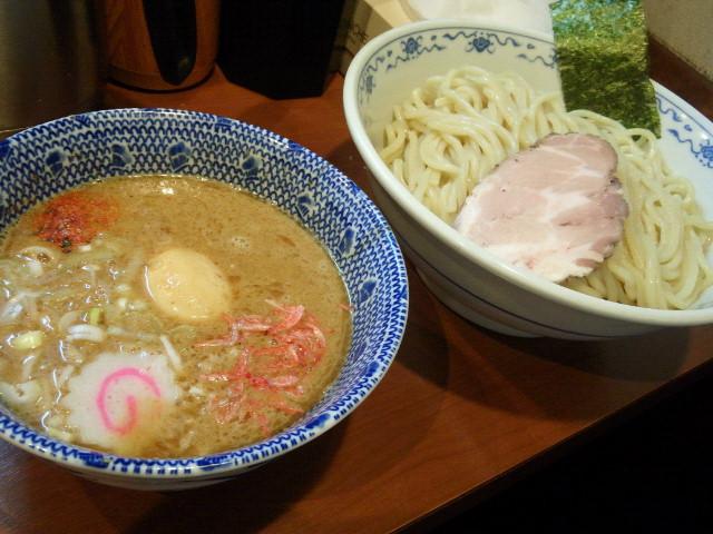 20140512新宿俺の麺 春道3