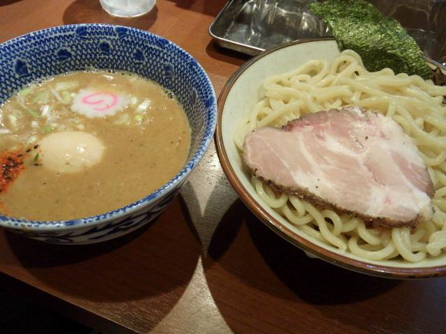 20140512新宿俺の麺 春道5