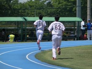 走る、走る!