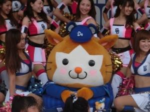 美女に囲まれ、ごまんえつ(^^)