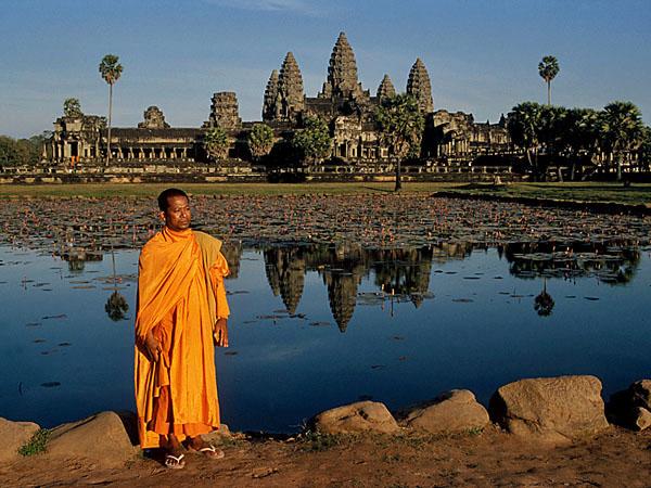 angkor-wat-cambodia1The Royal roads of Angkor Wat – Cambodia