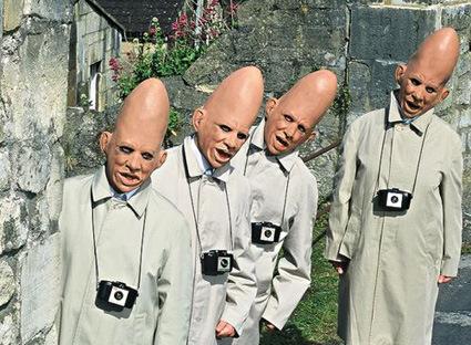 cone-head-aliensスコタン頭三枝子ゴキブリ組豚続々するよ・・・。