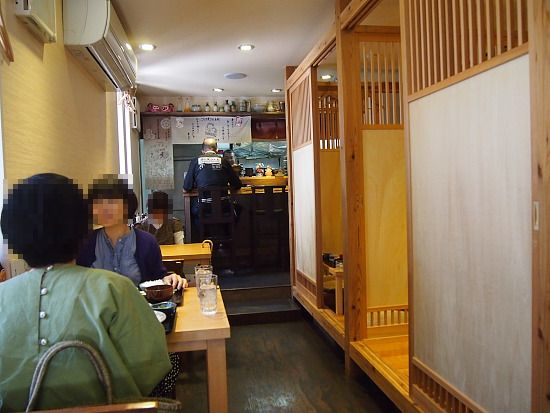 s-寅さん店内P5167660