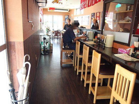 s-満麺店内P7198736