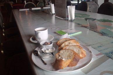 パテとパンのランチ