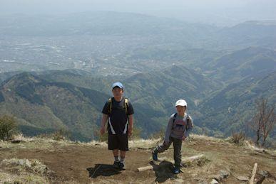 鍋割山稜からの眺め